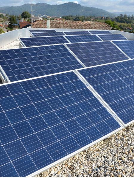 instalación fotovoltaica de autoconsumo en vivienda con excedentes