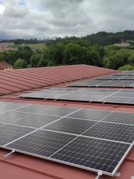 Instalación fotovoltaica para autoconsumo industrial en empresa de automoción de Ponteareas