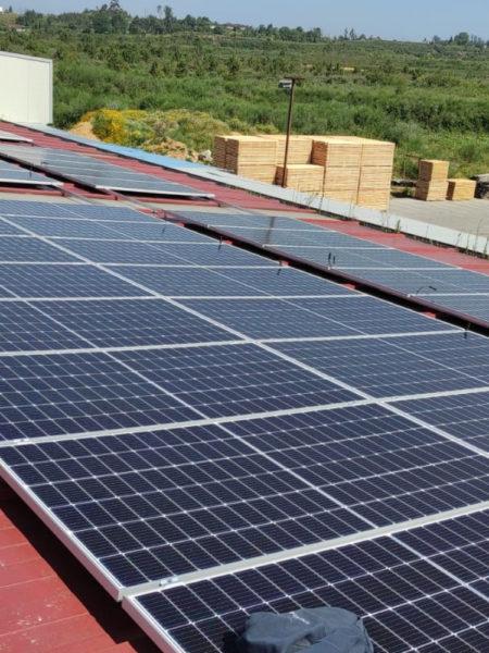 Instalación fotovoltaica para autoconsumo industrial en empresa de madera de Ponteareas